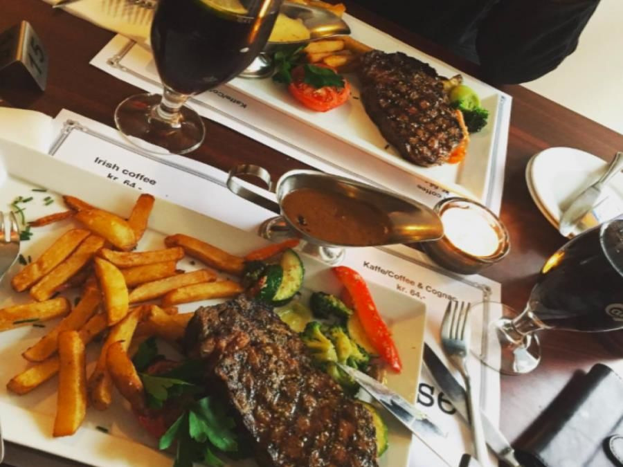 View more reviews of Floras Steakhouse